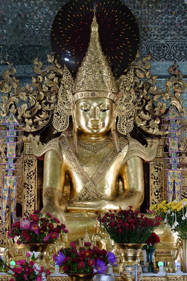 Gold Buddha statue at Sanda Muni Buddhist Temple royalty free stock photos