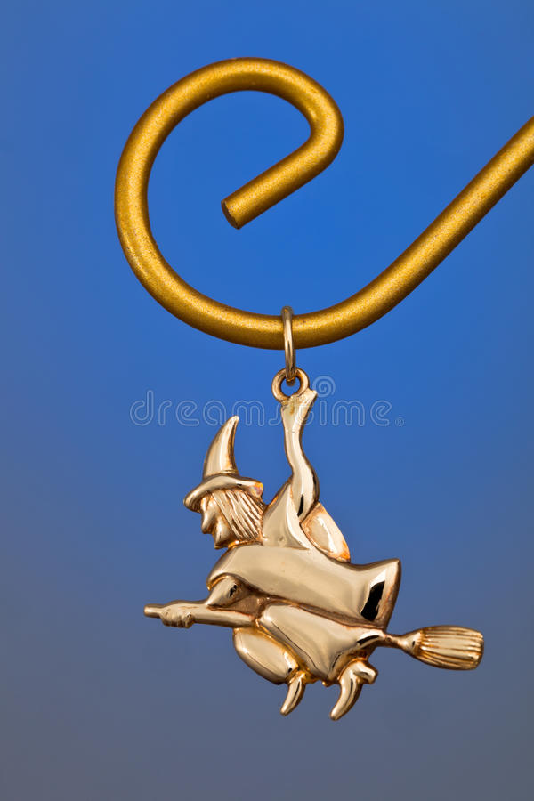 Download Gold Pendant Stock Photography - Image: 21705892