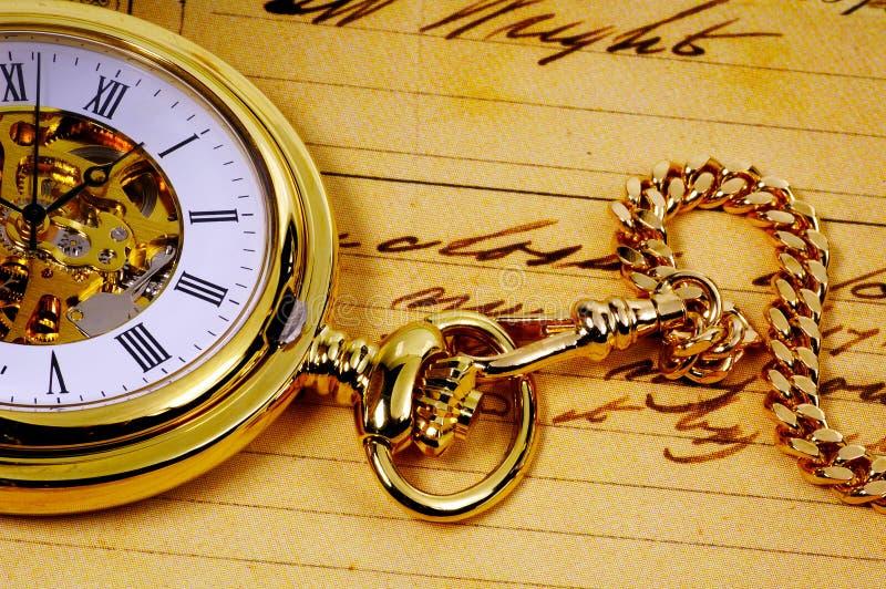 Gold Pocketwatch lizenzfreie stockbilder