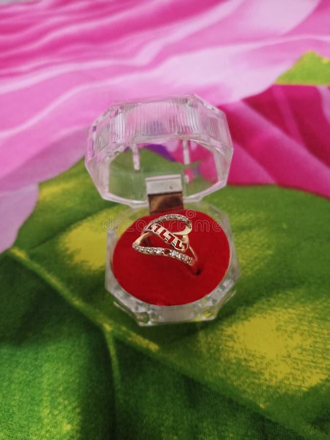 Beautifull box jewelery. Gold ring jewelry beautyfull box beautifull jewelery royalty free stock image