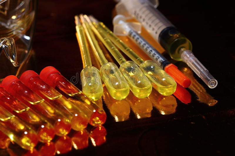 Gold Science Medical R & D, dropper, goggle, syringe, stethoscope, Glass Tube Lab Test tools stock image