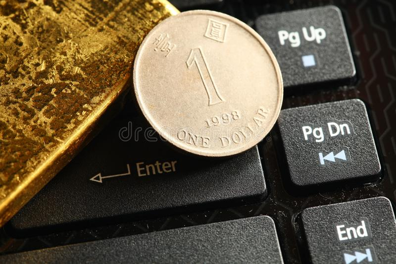 Goldbarrenszene lizenzfreies stockfoto