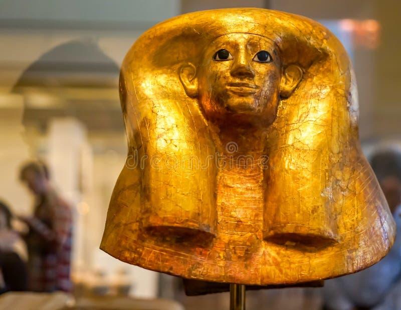 Goldbegräbnis- Maske am Stadtmuseum stockfoto
