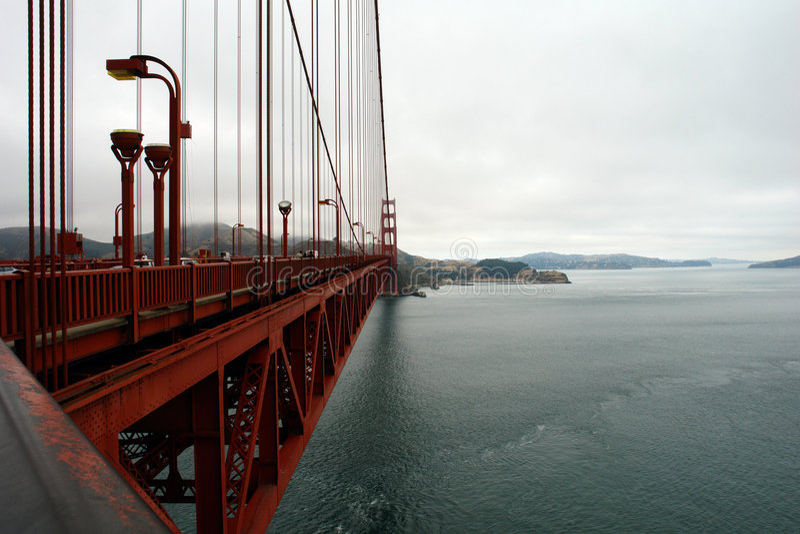 Download Golde строба детали моста стоковое фото. изображение насчитывающей скачка - 1195154