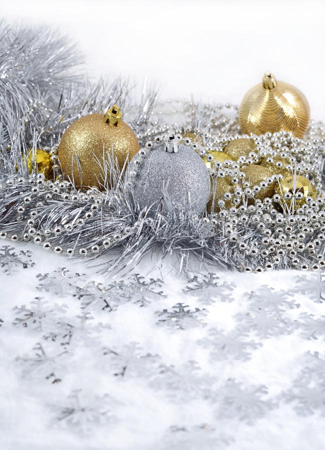 Free Golden And Silver Christmas Decorations Stock Photography - 34494242