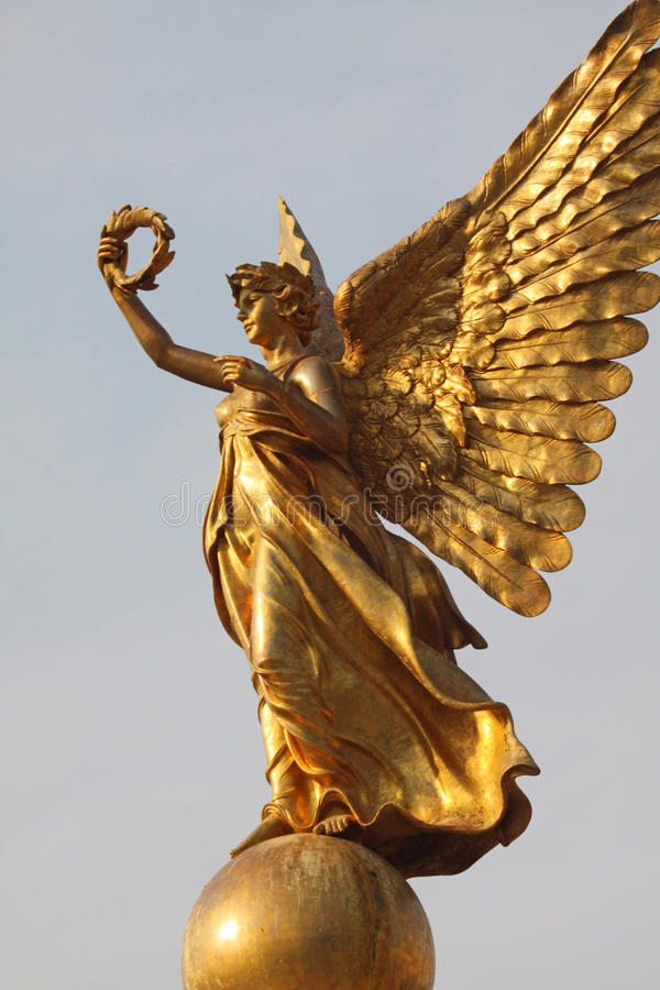 Download Golden angel statue stock photo. Image of luxury, monument - 29023514