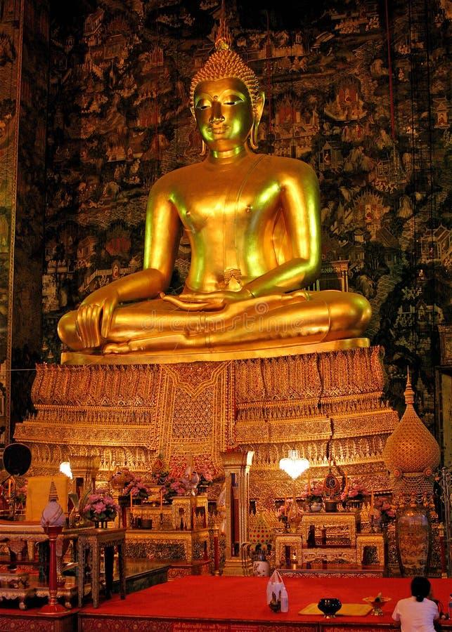 Free Golden Buddha Royalty Free Stock Photos - 9530068