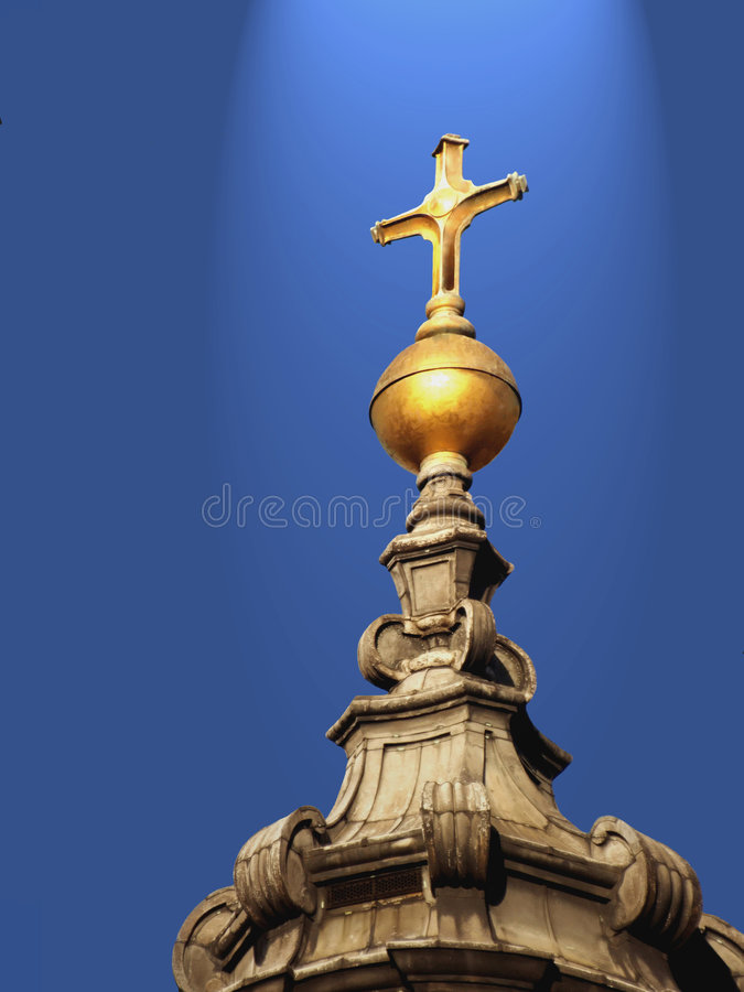 Free Golden Cross On Holy Light From The Sky. Royalty Free Stock Photos - 4467608