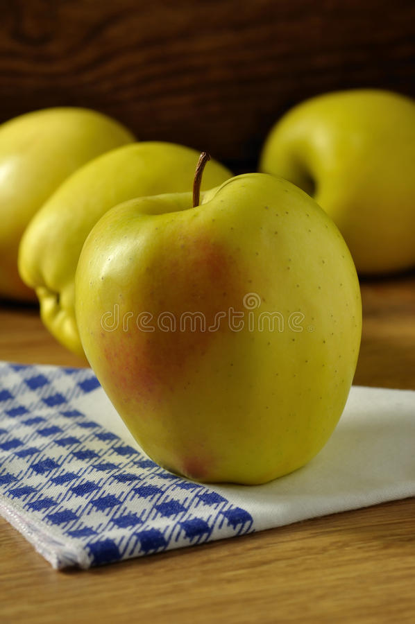 Download Golden Delicious Apple Royalty Free Stock Image - Image: 28435276