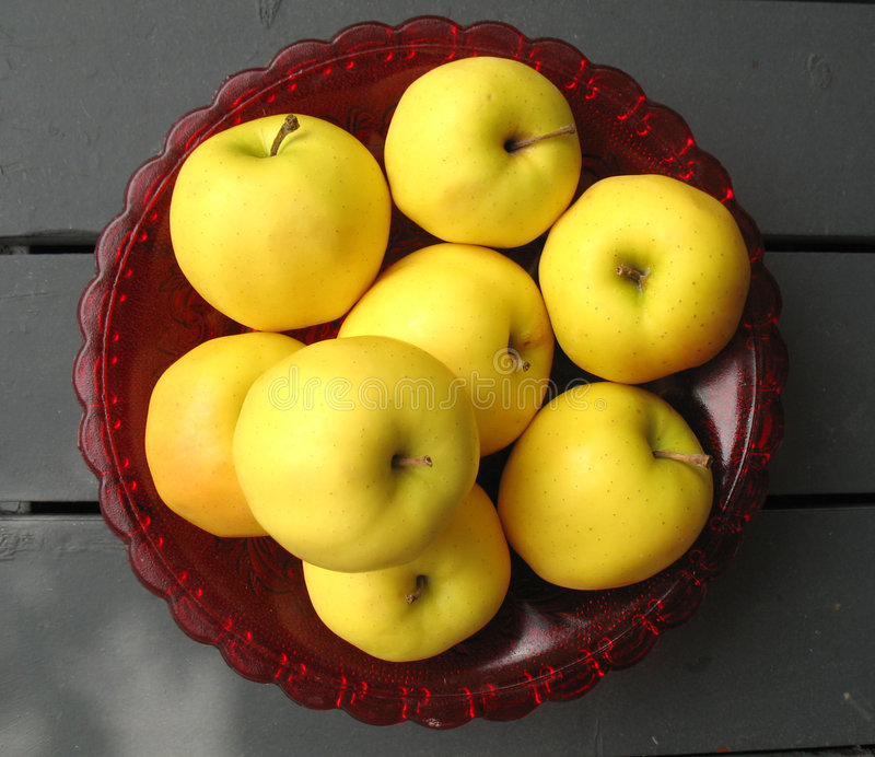 Download Golden Delicious Apples stock image. Image of bounty, apples - 2863589