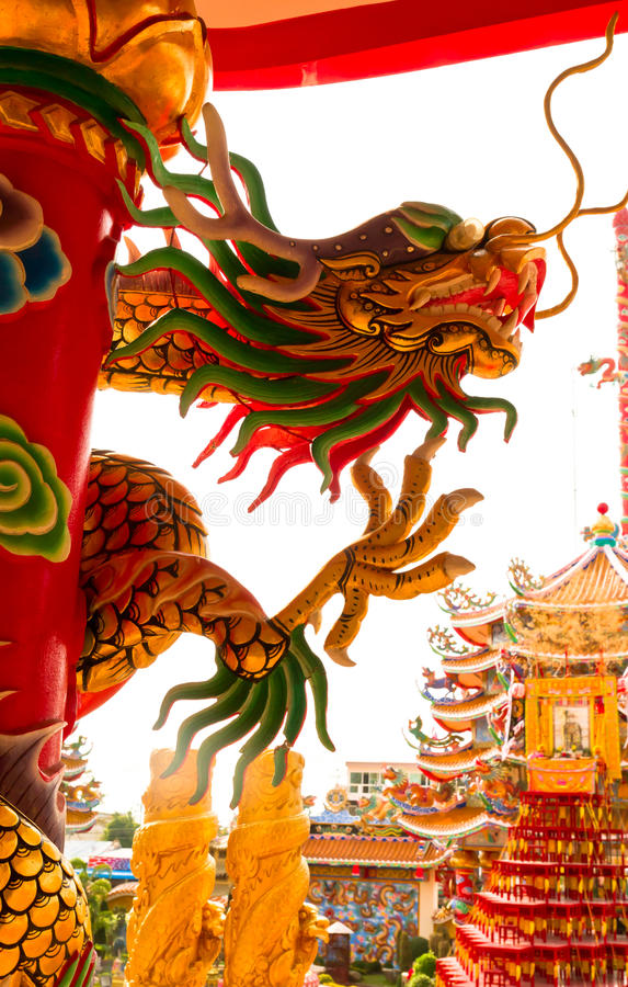 Download Golden Dragon Statue On Pillar Stock Image - Image: 23202055