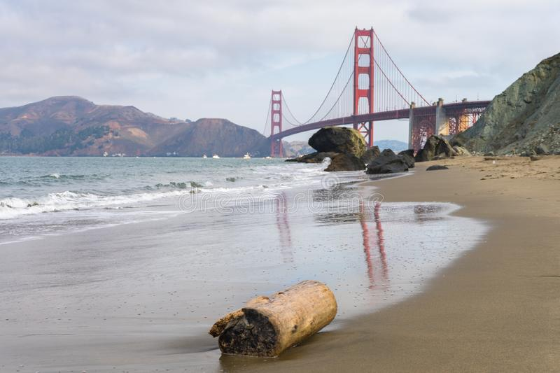 Golden gate bridge-Bezinning stock foto