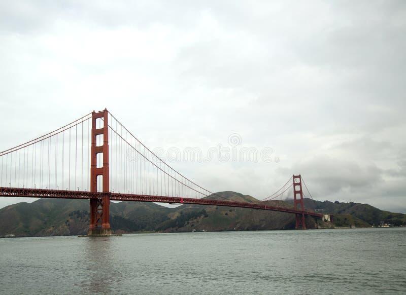 Golden gate bridge célèbre à San Francisco photo libre de droits