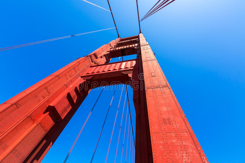 Golden gate bridge detaljer i San Francisco California arkivbilder