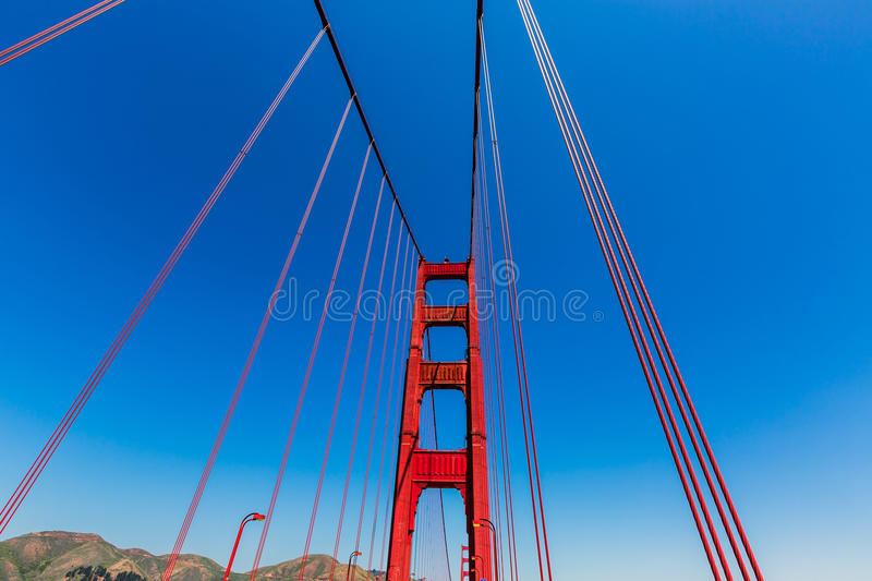 Golden gate bridge detaljer i San Francisco California arkivbild