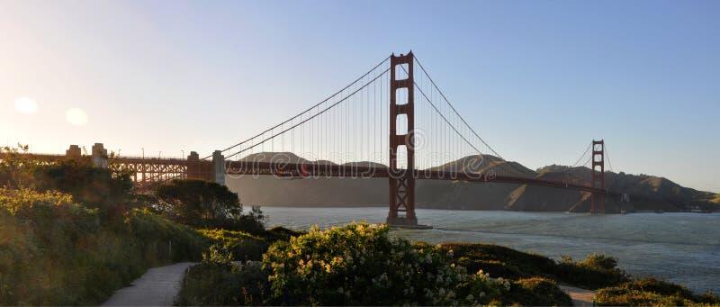 Golden gate bridge sinds de Hoogten van San Francisco wordt gezien dat royalty-vrije stock afbeelding