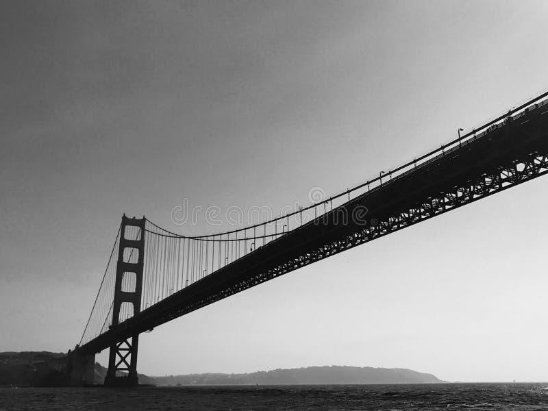Golden Gate Bridge w Czarny I Biały zdjęcie royalty free