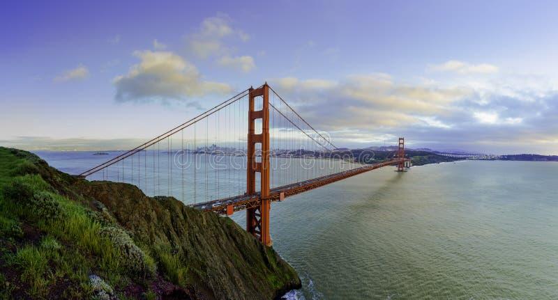 Golden Gate en hiver photographie stock