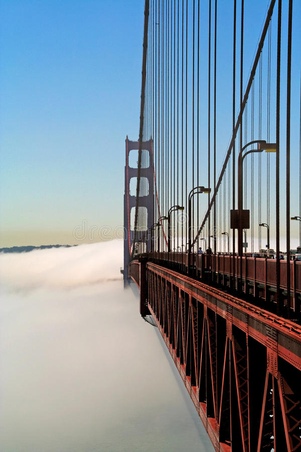 Free Golden Gate Over The Fog Royalty Free Stock Photography - 11438857