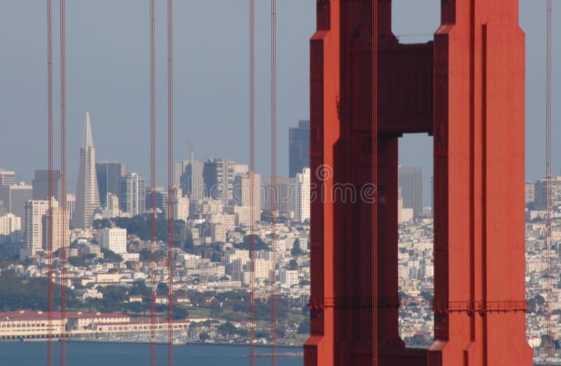 Golden Gate und San Francisco. stockfotos