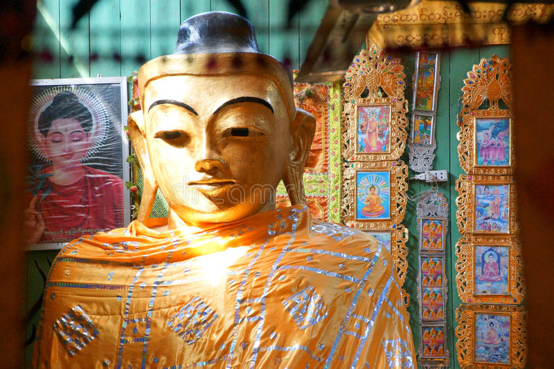 Golden head of Buddha royalty free stock photos