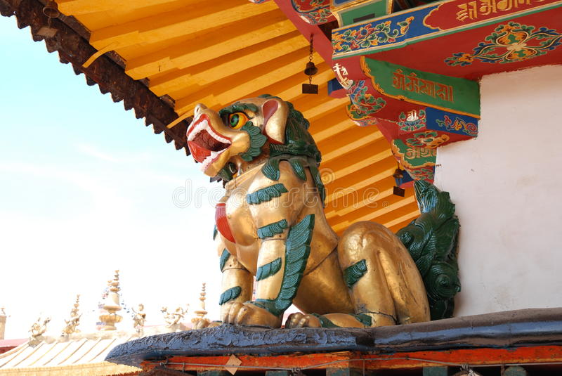 Download The Golden Lion stock image. Image of image, very, green - 36200909