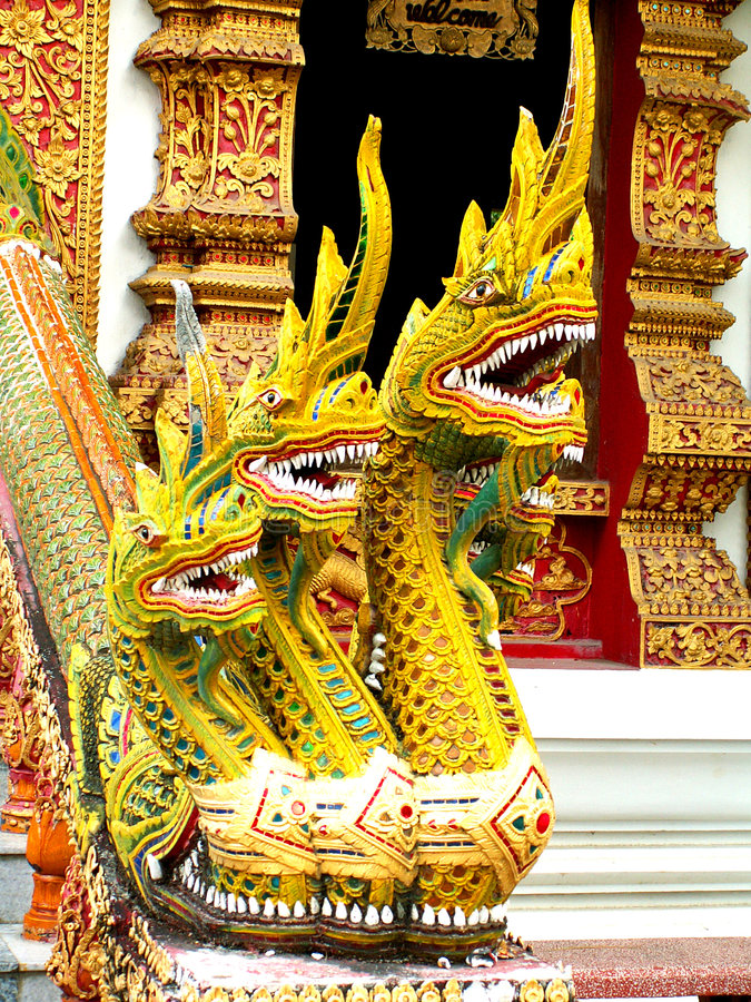 Free Golden Nagas Stock Photography - 8549962