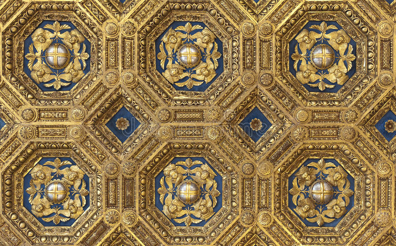 Download Golden Roof In Palazzo Vecchio Stock Image - Image: 25568895