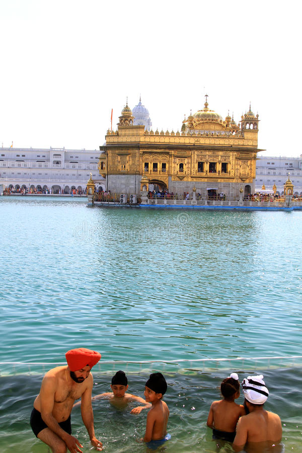 Download Golden temple editorial stock photo. Image of gold, water - 18811728
