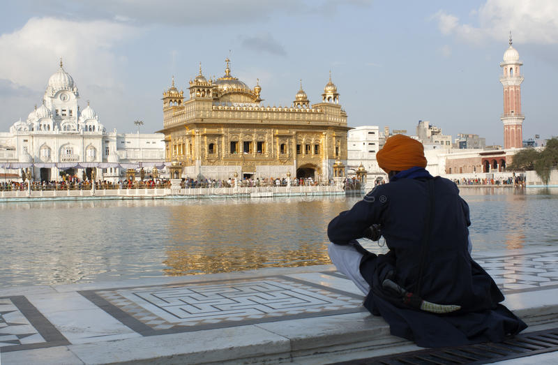A Sikh at the Golden Temple in Amristar, Punjab, India stock photography