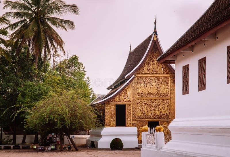 Goldene Buddha-Halle an Wat Xieng-Zapfen, Luang Prabang - Laos lizenzfreie stockfotos