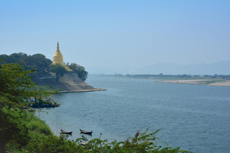 Goldene Pagode Lawka Nandar Bagan, Myanmar lizenzfreie stockfotografie