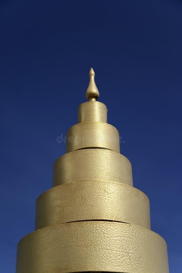 Goldene Tempelarchitektur lizenzfreies stockbild