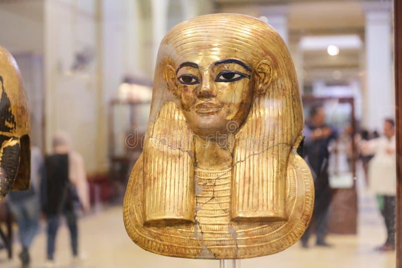 Goldene Totenmaske im ägyptischen Museum, Kairo, Ägypten stockfoto