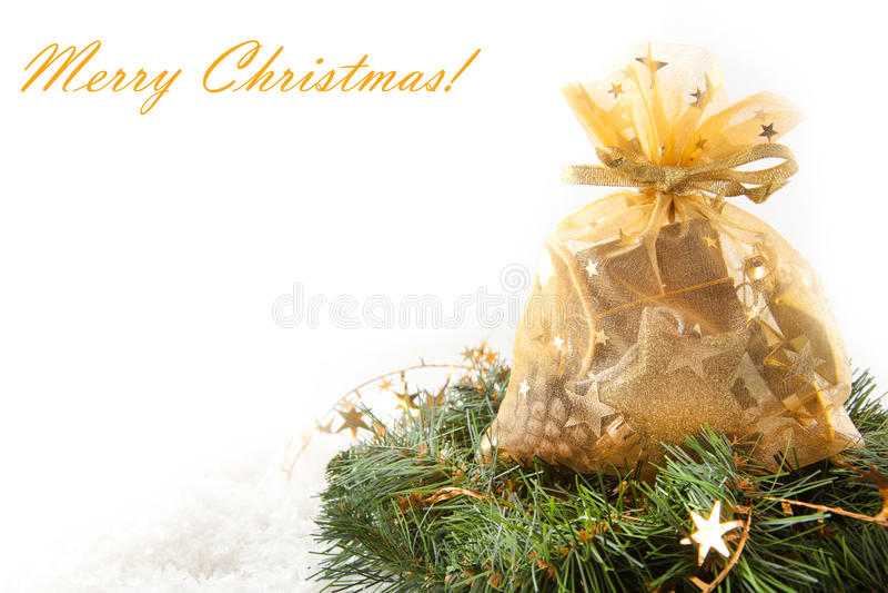 Goldene Weihnachtsgeschenke lizenzfreie stockbilder