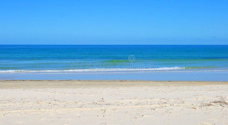 Goldener Sandstrand, genommen bei Tennyson, Süd-Australien lizenzfreies stockfoto