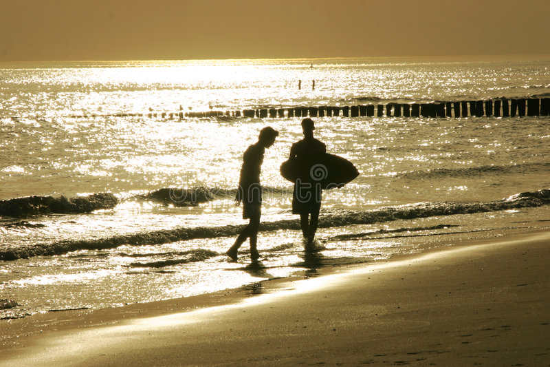 Goldener Strand lizenzfreie stockbilder