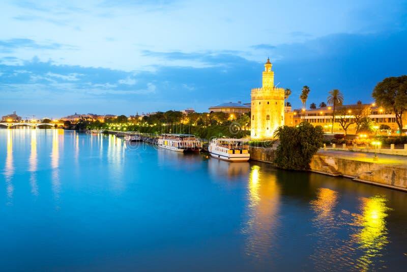 Goldener Turm Sevilla Spanien stockbild