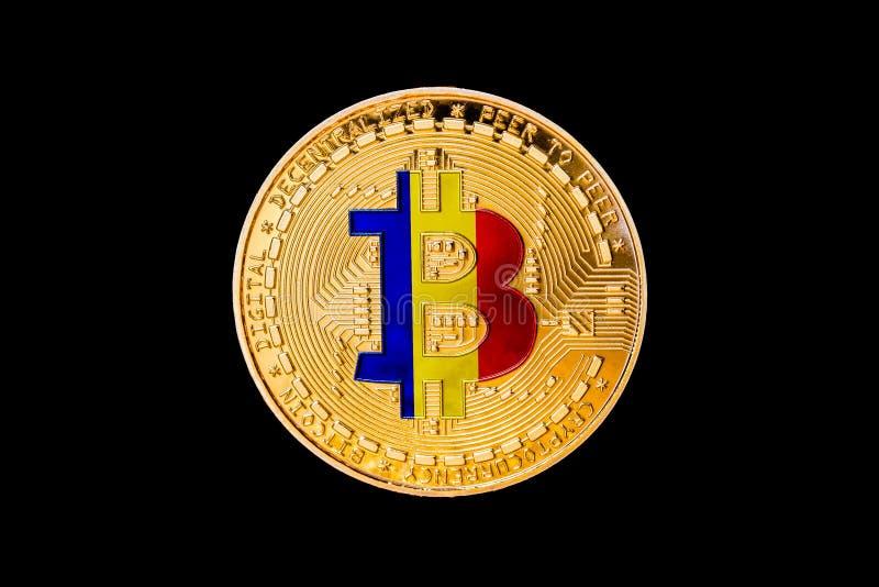 Goldenes bitcoin mit der rumänischen Flagge in der Mitte/im Rumänien-cryp lizenzfreies stockfoto