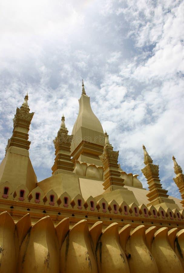 Goldenes Stupa - Laos stockfotos
