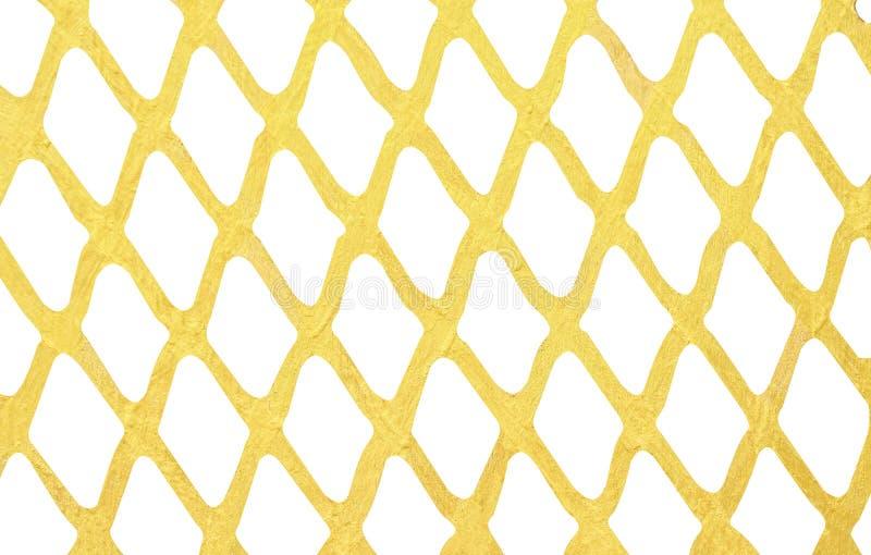 Goldfarbenwand-Maschenmuster lokalisiert auf weißem Hintergrund stockfotografie