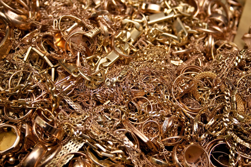 Goldschmucksachen stockbilder