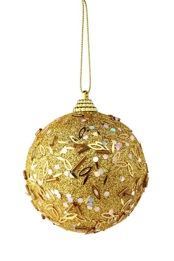 Goldweihnachtskugel getrennt stockfotos