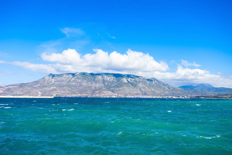 Golf av Corinth och Loutraki royaltyfri bild