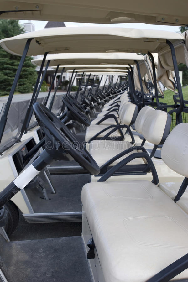 Free Golf Carts Royalty Free Stock Images - 22107879
