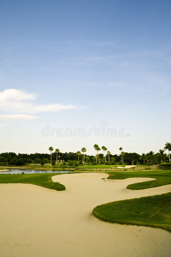Free Golf Course Sand Trap Royalty Free Stock Images - 5178519