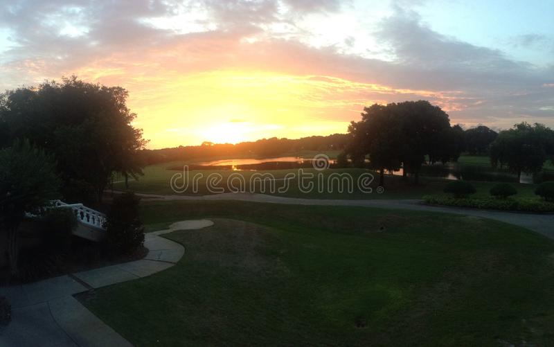 Golf de la puesta del sol del campo de golf de la Florida foto de archivo libre de regalías