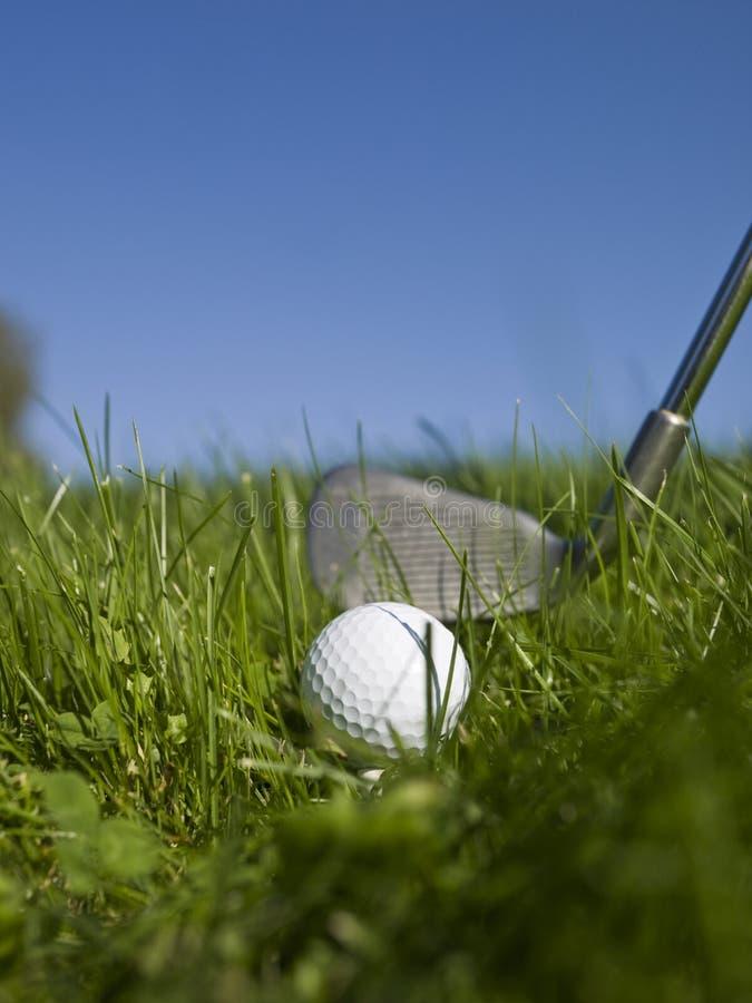 Golf en hierba verde fotografía de archivo