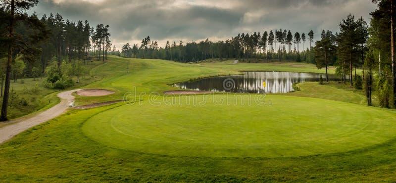 Golf-Grün stockfoto