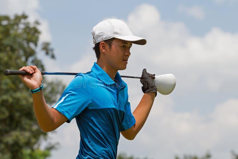 golf isolerade spelare sköt studion fotografering för bildbyråer